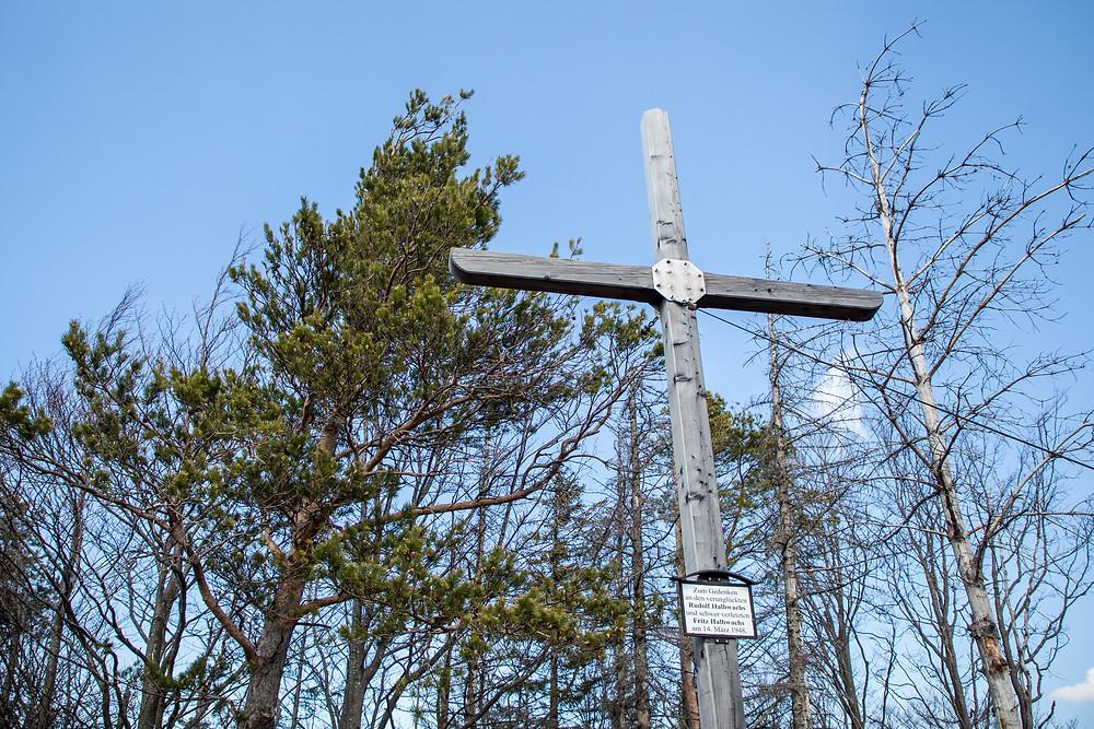 Gipfelkreuz, Lorenzipechkogel, Gipfelsieg, Gipfel, Wanderung, Wandern, Wanderweg, Lilienfeld, Niederösterreich, Voralpen, Mostviertel, Frühling