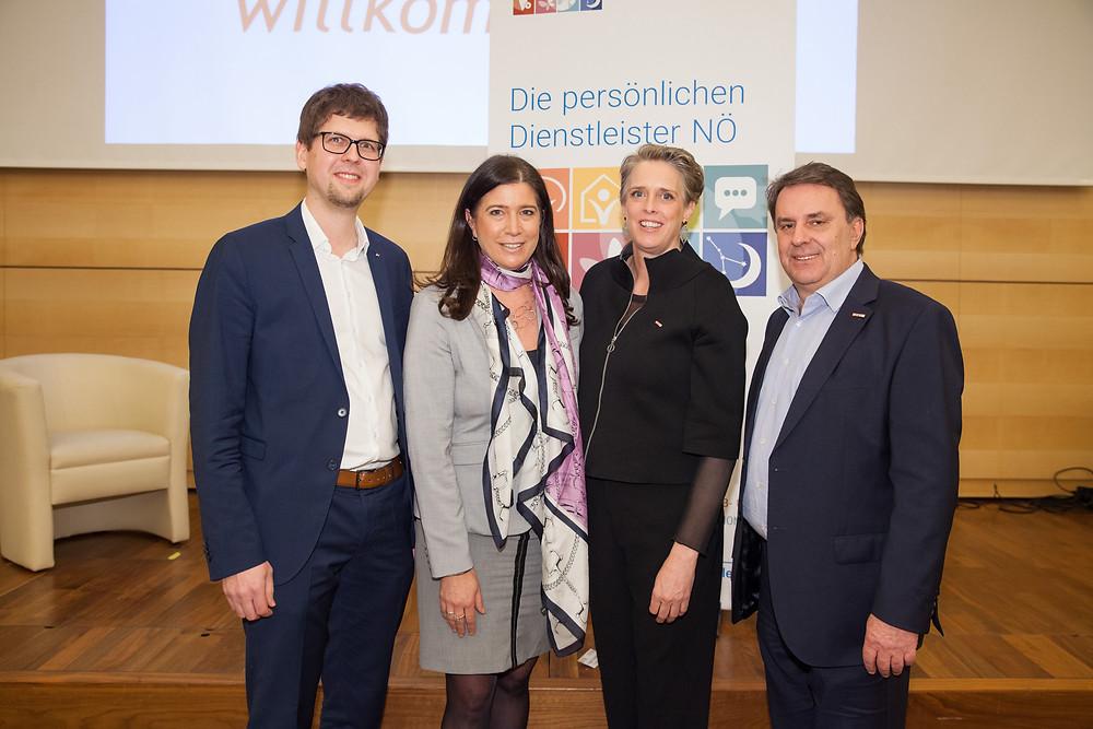 Mathias Past, Brigit Streibel, Vera Sares und Wolfgang Ecker im Wifi St. Pölten bei der Fachgruppe der Persönlichen Dienstleister