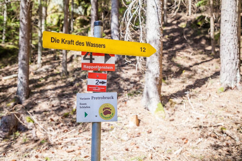Lohnbachfall, Wanderung, Wandern, Waldviertel, Niederösterreich, Wanderwegweiser, Wandermarkierung