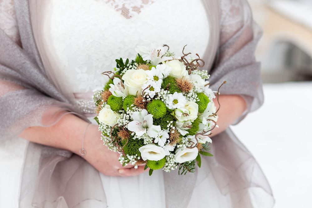 Brautstrauß für eine Winterhochzeit auf Schloss Rosenau im Waldviertel
