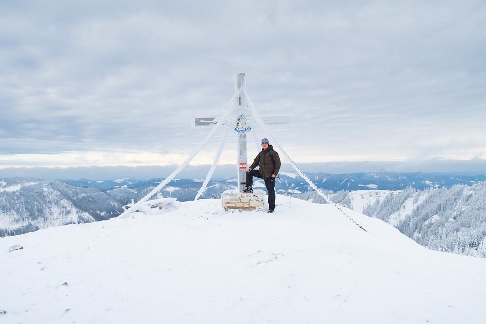 Tirolerkogel, Annaberghaus, Alpen, Wanderung, Wandern, Wanderweg, Winterwandaerung, Winterwandern, Schnee, Winterwald, Gipfelkreuz, Gipfel