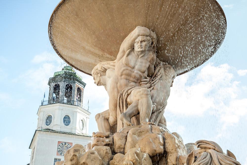 Residenzbrunnen, Residenzplatz, Salzburg, Salzburg Altstadt, Mozartstadt, Kurzurlaub, Stadtwandern, Stadtwanderung, Besichtigung, Sightseeing, Kulturrundgang, Sehenswürdigkeiten, Spaziergang,