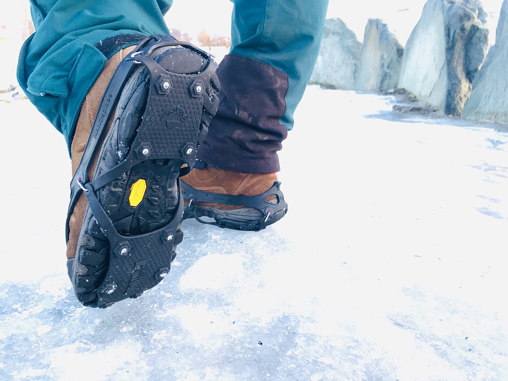 Eisspikes auf Winterschuhen für Norwegen