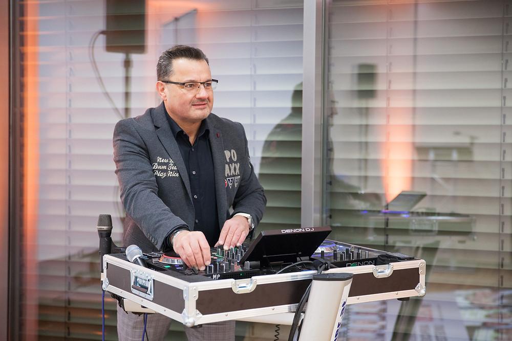 Beste Stimmung bei DJ Rainer auf einer Hochzeit