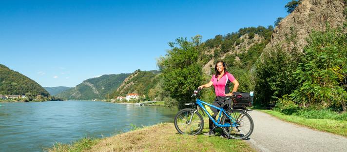Radfahren Wachau: das südliche Donauufer von Melk nach Krems