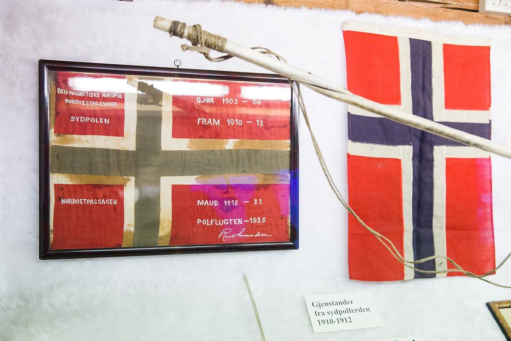 Flaggen im Polarmuseum Tromsö