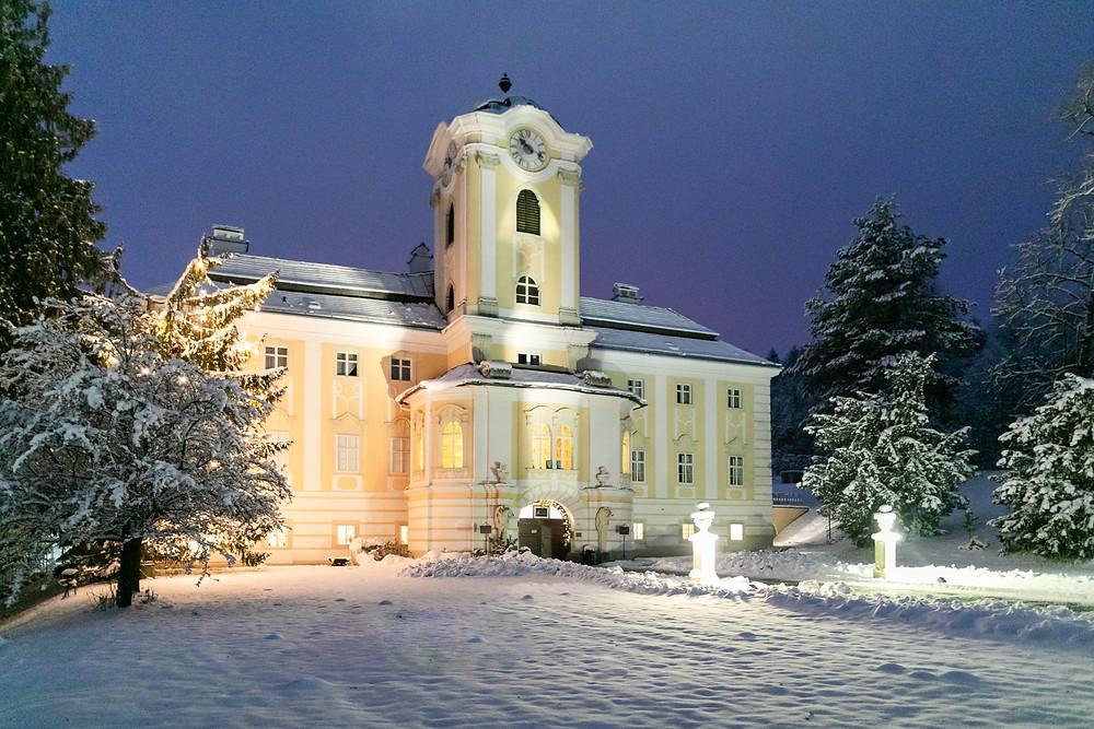 Schloss Rosenau Nachtaufnahme bei einer Winterhochzeit im Waldviertel