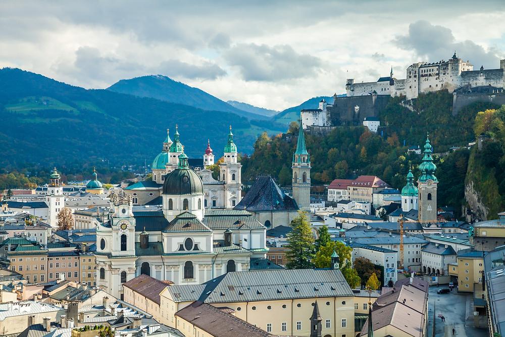 Salzburg, Salzburg Altstadt, Mozartstadt, Getreidegasse, Salzburger Dom, Kurzurlaub, Stadtwandern, Stadtwanderung, Besichtigung, Sightseeing, Kulturrundgang, Sehenswürdigkeiten, Spaziergang, Festung Hohensalzburg,