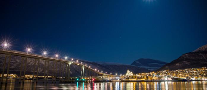 Norwegen: Nachts im Hafen von Tromsö