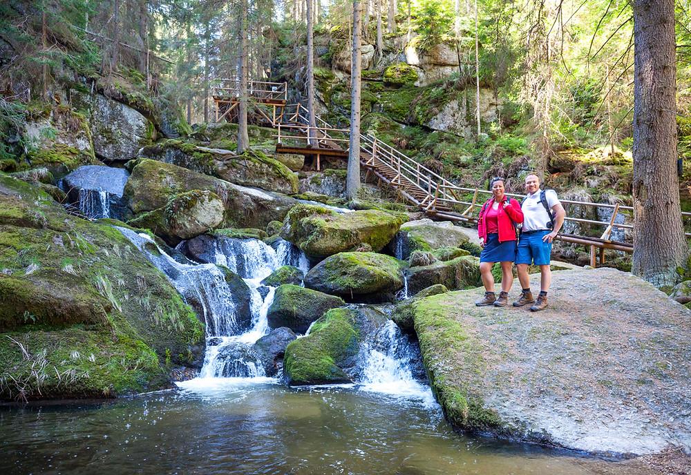 Lohnbachklamm, die reisereporter, Wanderer, Wanderung, Wandern, Waldviertel, Niederösterreich, Wasserfall, Naturschauspiel, Klamm