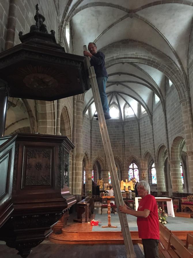 Grand ménage de l'église Notre-Dame