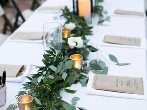 Vestindo a mesa com velas