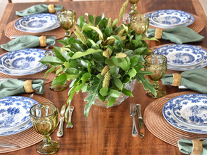Mesa com Azul, Branco e Verde