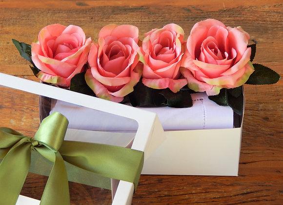 GIFT BOX ROSA ROSE E LINHO