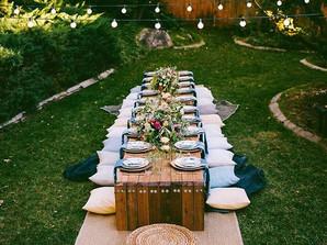 15 mesas ao ar livre que vão te inspirar a receber nesse verão