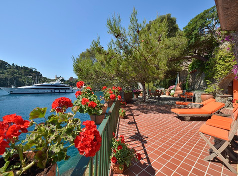 Liguria waterfront property for sale