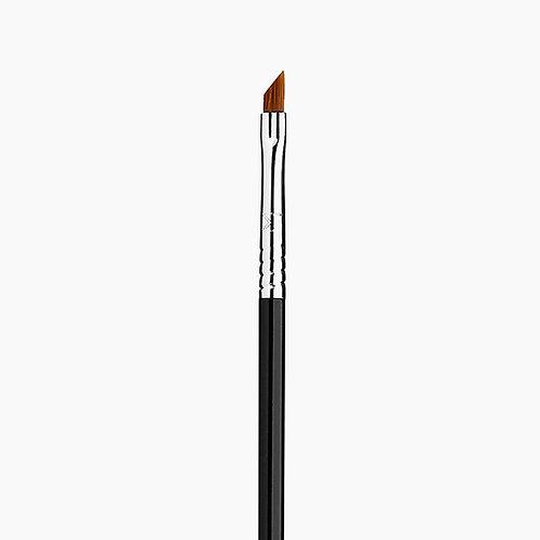 E06 WINGED LINER™ BRUSH - BLACK/CHROME