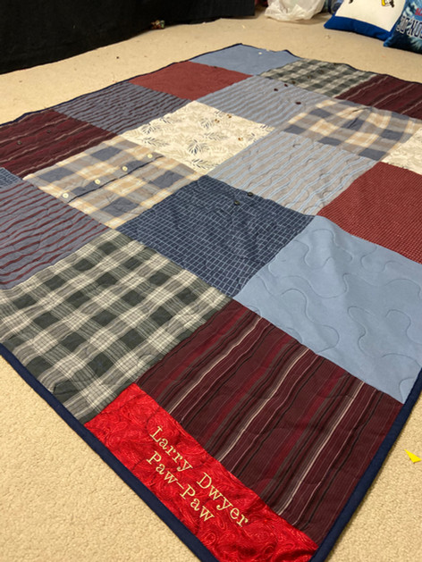 Simple Quilt with Dress/Polo Shirts