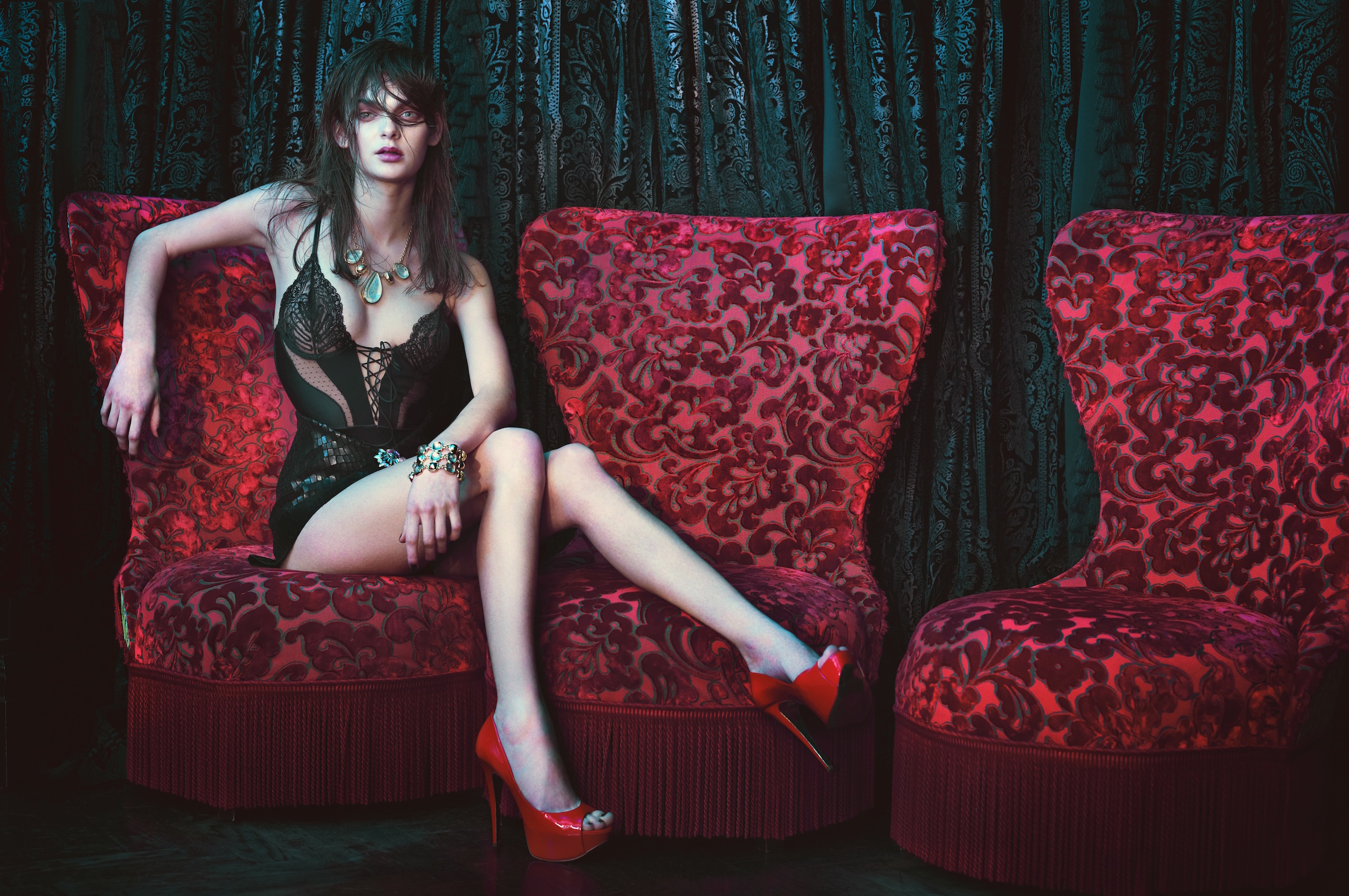 Boudoir shoot by Francesca Barrow