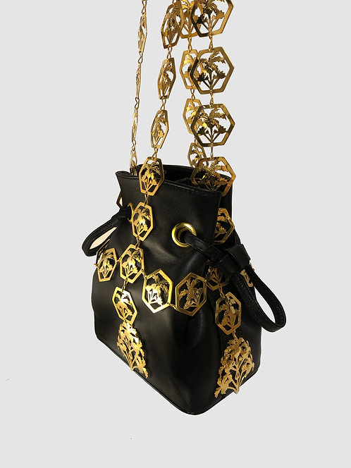 HOLLY BUCKET BAG GOLD