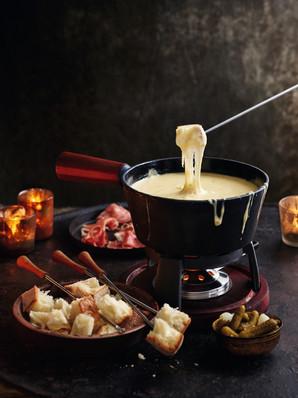 Ultimate swiss cheese fondue