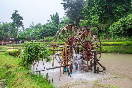 Kim Wealleans - 14- water wheel for irrigation