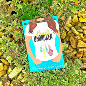 Cynthia Leitich Smith's Hearts Unbroken - Sara's Book Review