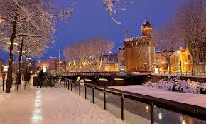 Castillet sous la neige