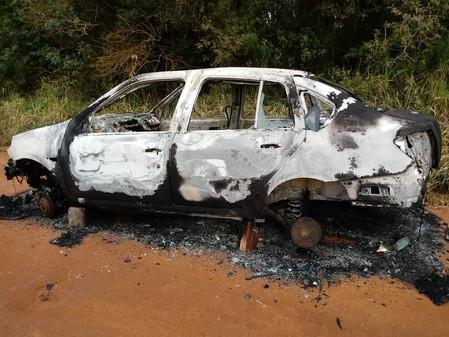 Veículo é encontrado queimado em Butiá e quadrilha que fazia tiroteios na cidade foi desarticulada e