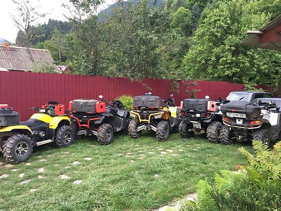 Квадроциклы в горах