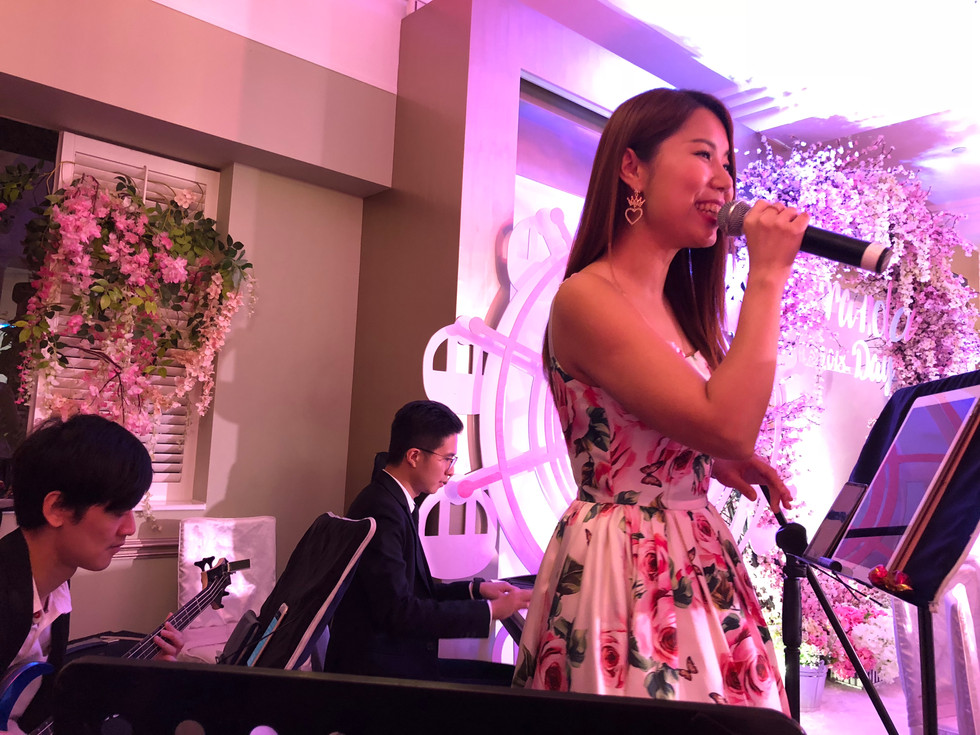 Baby Hundred Days Banquet (4-piece band)