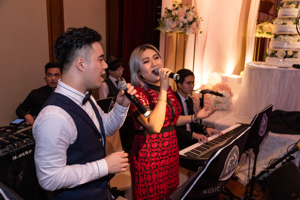 Wedding live band (3 pieces with two vocals)