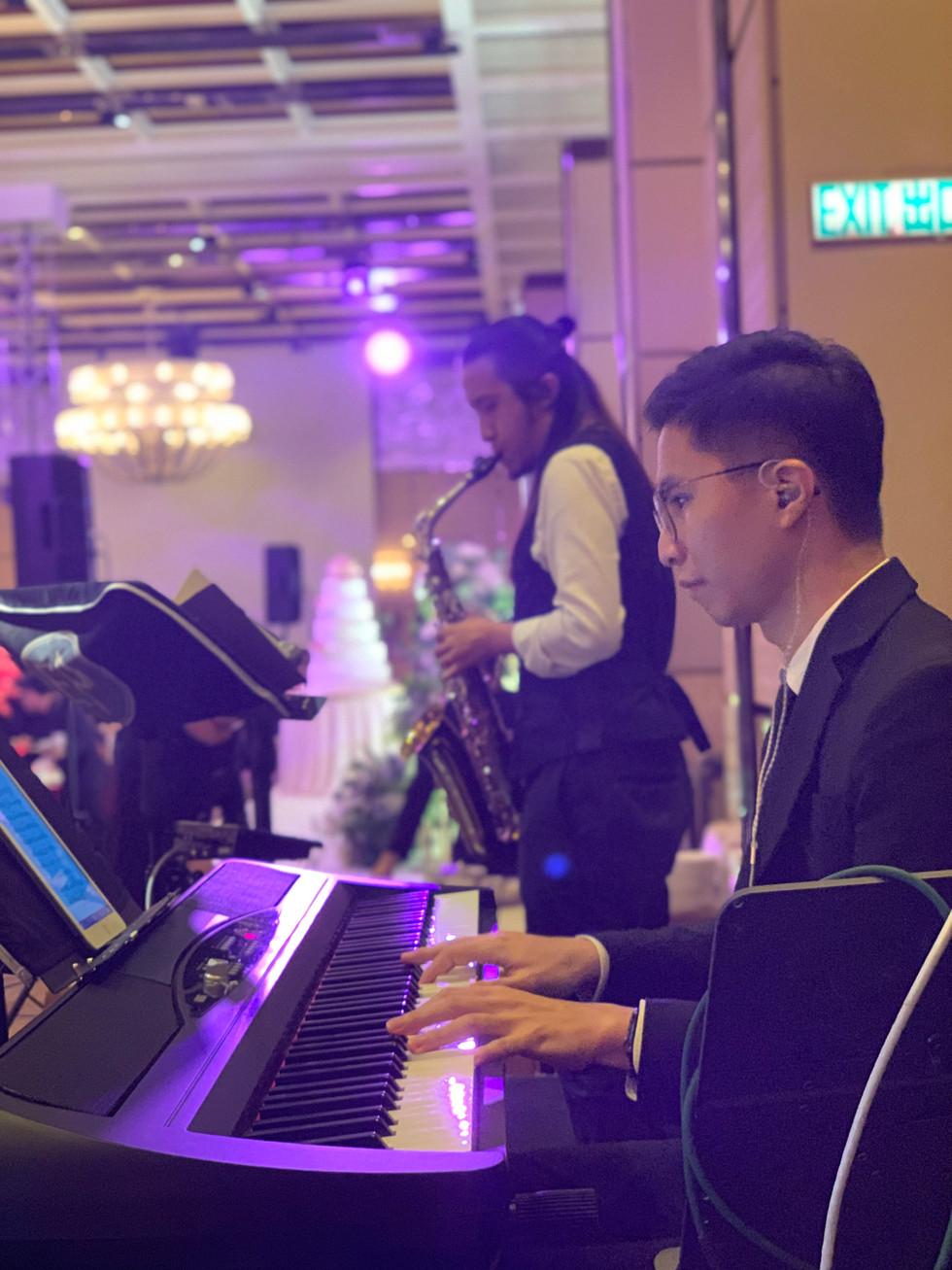 Wedding live band (Keyboard + Saxophone)