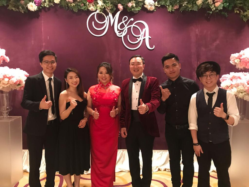 Wedding live band (3 pieces with vocal)