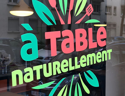 A Table Naturellement