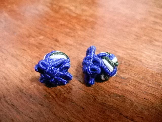 flower woven cufflinks / blu wht grn
