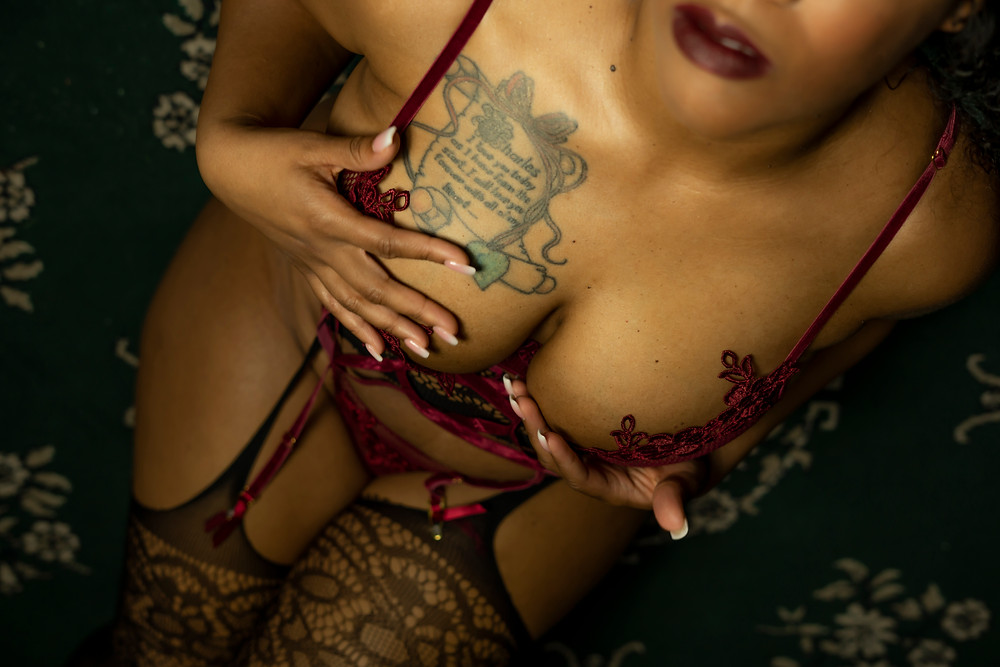 boudoir photographer near me norfolk va