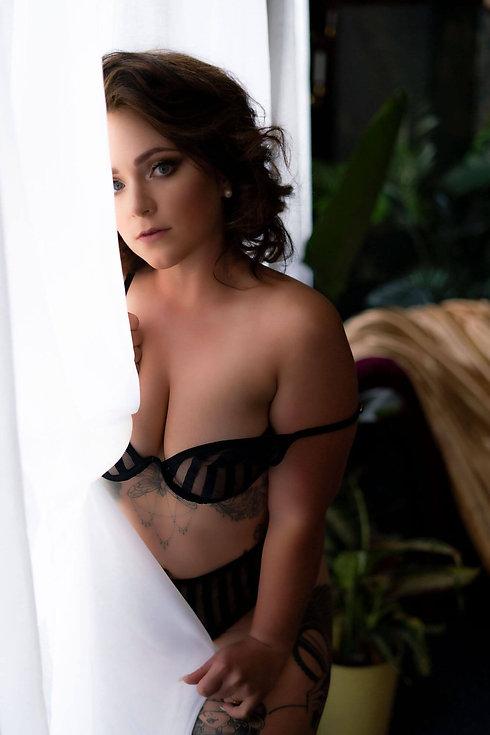 award winning boudoir photographer virginia
