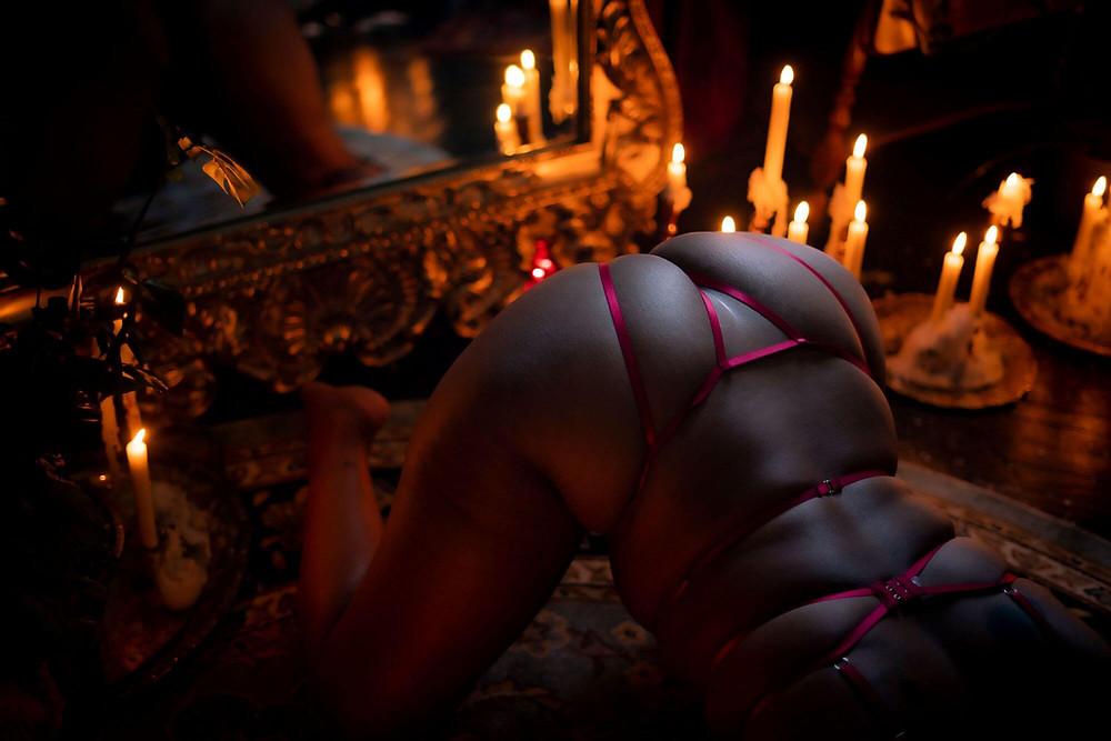 full service boudoir photographer near me