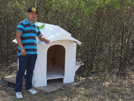 """Casa para """"Jack"""", el perro guardián de la Universidad Politécnica de Apodaca"""