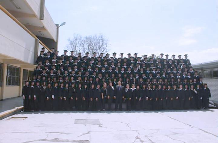 Jóvenes Graduadas de la Generación 2014 – 2017