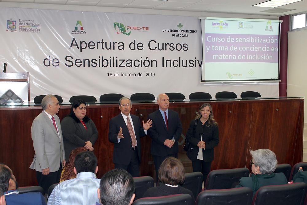 CP. José Cárdenas Cavazos, el Mtro. Roel Guajardo Cantú y el Mtro. Gerardo Camarillo Guajardo