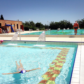 boschetto-pool.jpg