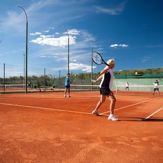koversada-tennis.jpg
