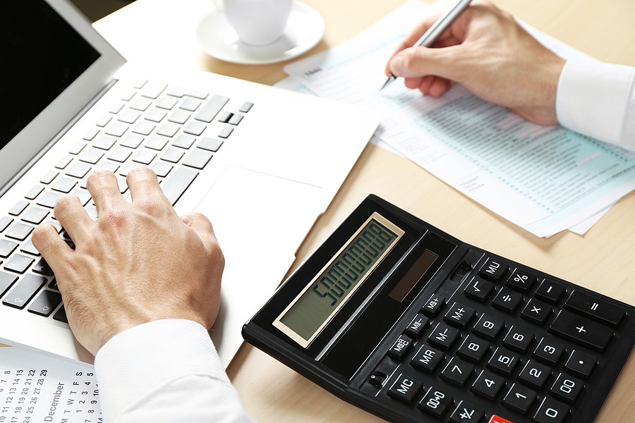 Talk to an Expert at FAL About Qualifying for Work-from-home Tax Deductions