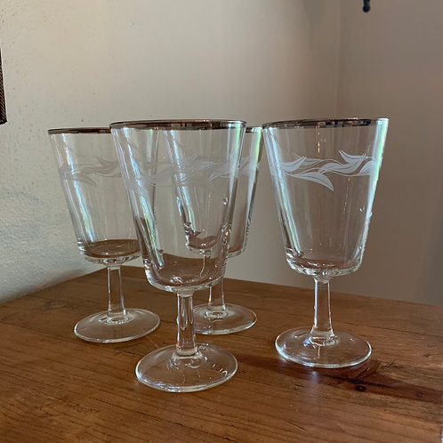 Platinum Trim White Leaf Garland French Wine Glasses