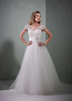 Alexandra Size 14 Was GBP899 Now GBP450