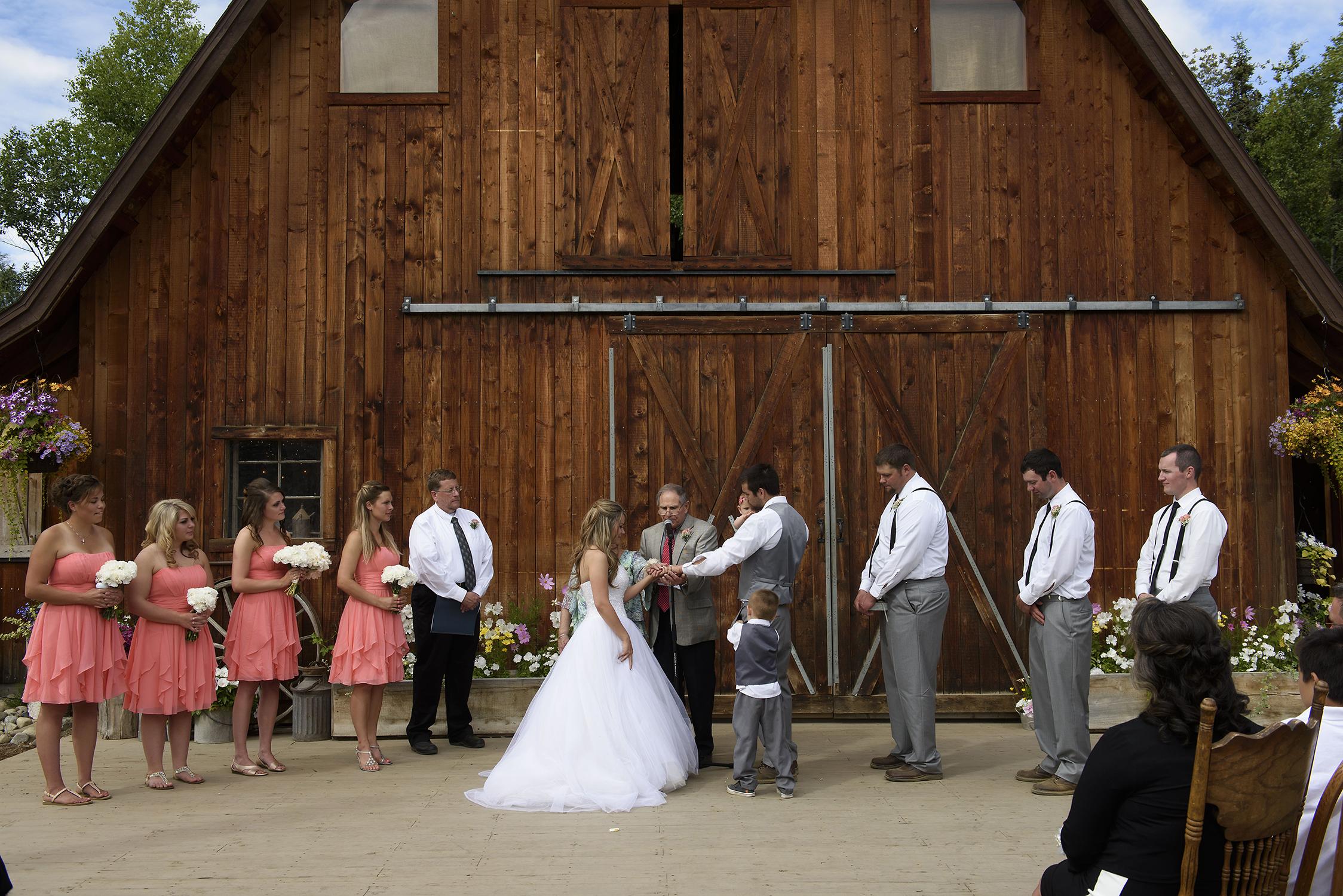 gloryview wasilla alaska wedding067