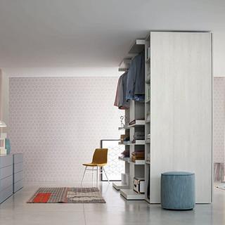 Picture flush-closing sliding door