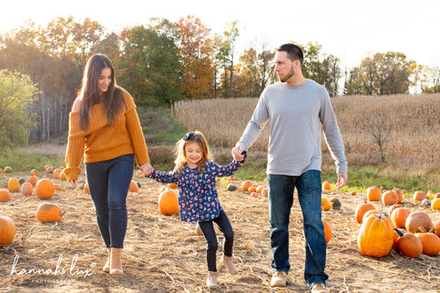 Fall Family Portrait - Hannah Lux Photography